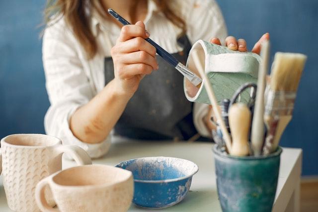 ručně malovaná keramika